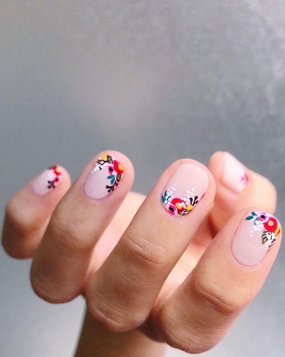nail-art-fiori