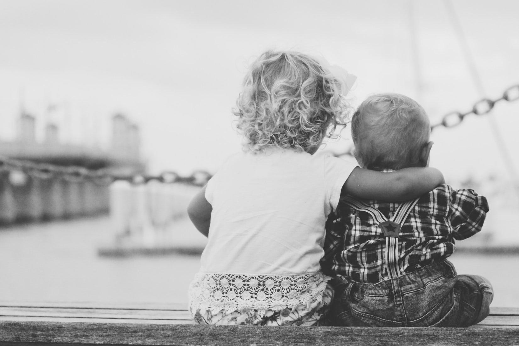 il-legame-tra-fratelli-e-sorelle